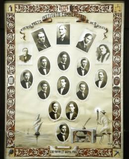 Formandos da primeira turma - 1924