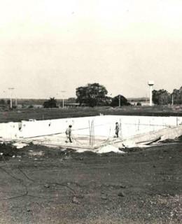 Construção da piscina semi-olímpica na Unidade II